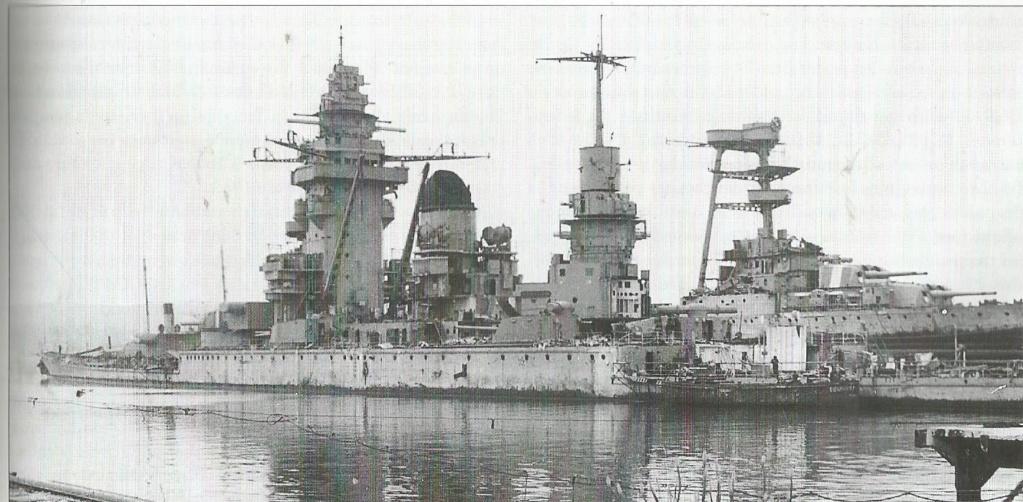 TOULON sabordage de la flotte française le 27.11.1942 Strasb15