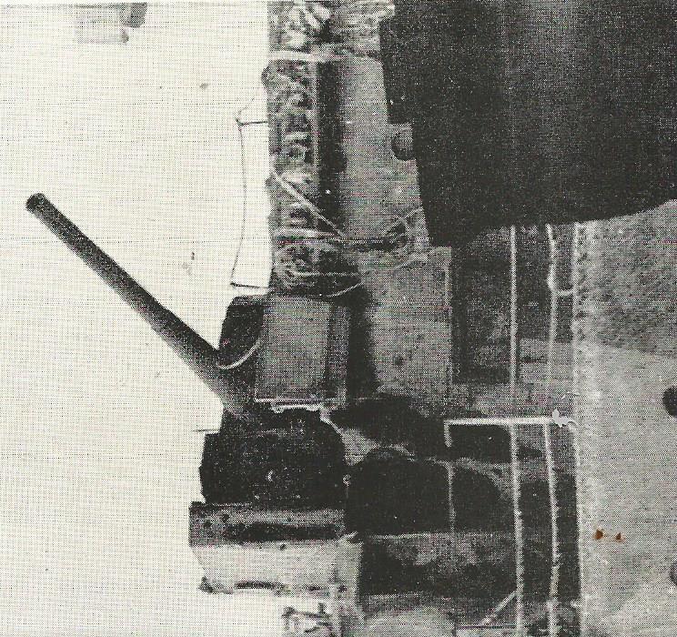 Importantes batailles navales en 1939-1945 - Page 3 Tourel10