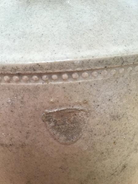 light grey id pottery pls Img_6524