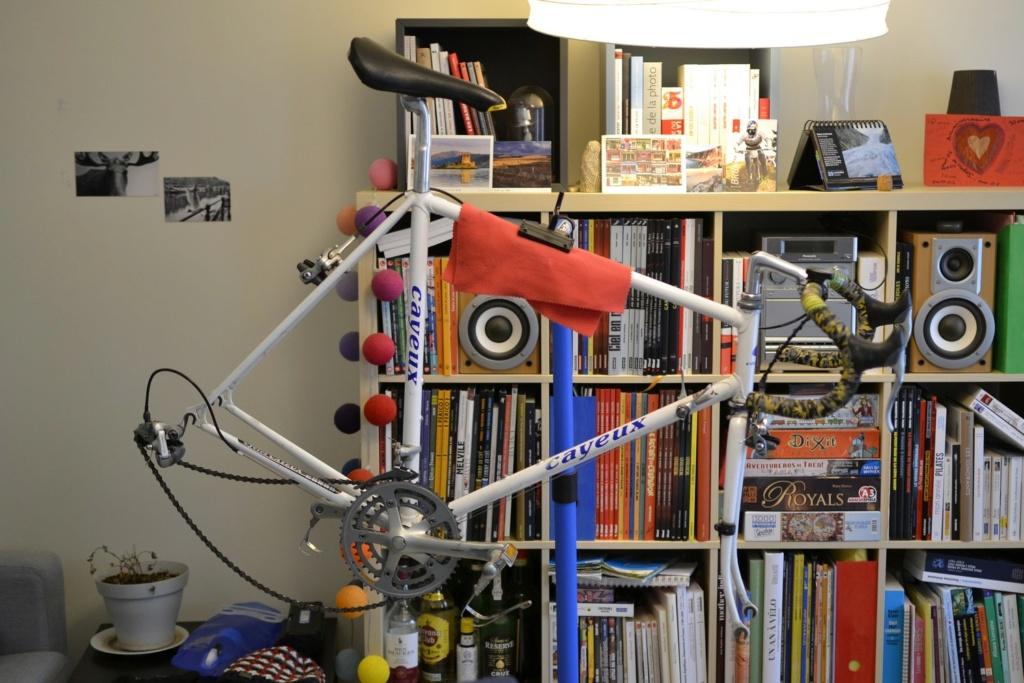 Un vélo mystérieux... Mais beau!!  .... Mais mystérieux  - Cadre G. Cayeux Colmar Columbus Shimano _dsc0310