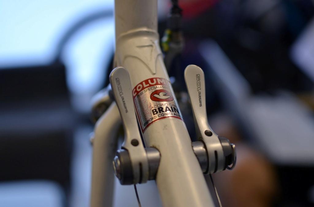 Un vélo mystérieux... Mais beau!!  .... Mais mystérieux  - Cadre G. Cayeux Colmar Columbus Shimano _dsc0311