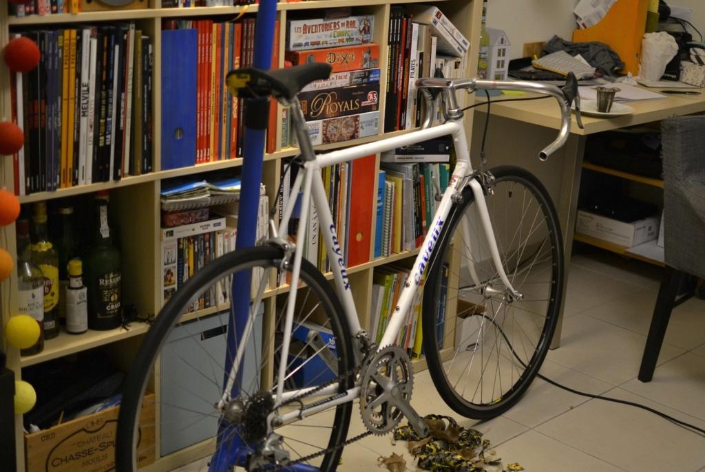 Un vélo mystérieux... Mais beau!!  .... Mais mystérieux  - Cadre G. Cayeux Colmar Columbus Shimano _dsc0315