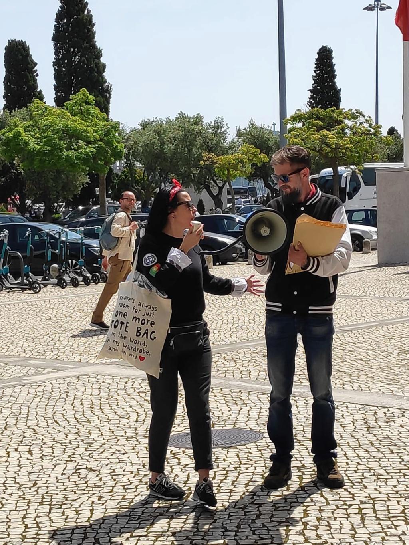 """20 de Abril - """"Berardo paga o que deves - Ladrão!"""" (FOTOS) Img-2053"""