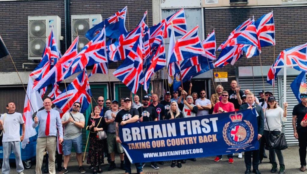 25 de Maio - Britain First - Nova Ordem Social (fotos) Img-2090