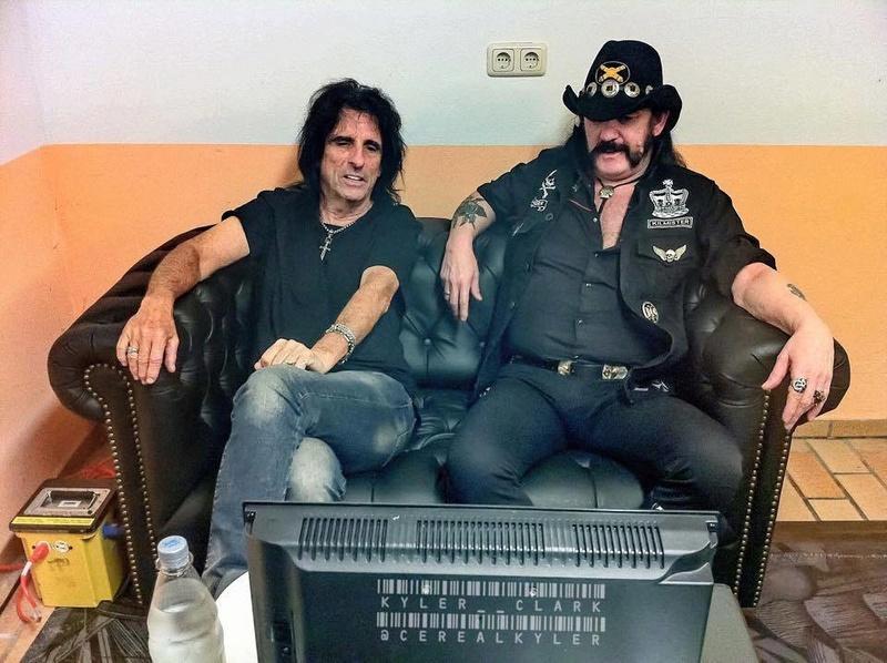 FOTOS GUAPAS Y ROCKERAS - Página 27 Lemmy-10