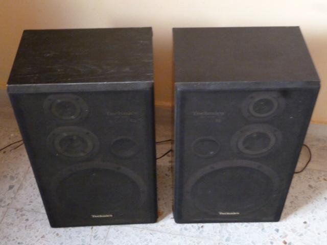 "Price further reduce - Technics 8"" - 3 way made in Japan bookshelf speaker   P1090130"