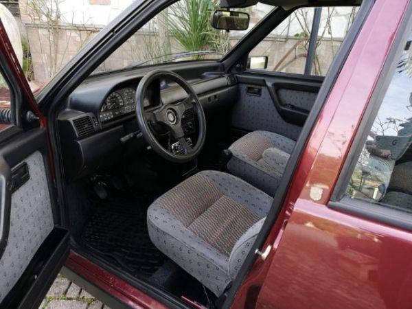 FIAT Uno Turbo I.E. «TORINO» Realizzata Da Giannini.  1f4dba10