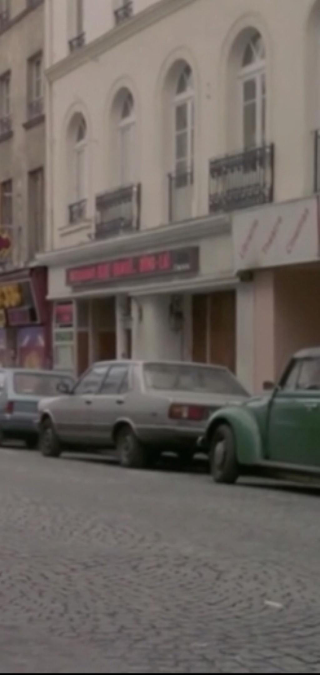 FIAT 131 Berlina vista nel film francese « Pinot Simple Flic» del 1984 235ce010