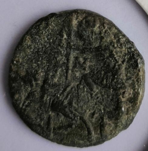 AE3 de Constancio II. FEL TEMP REPARATIO. Soldado alanceando jinete. Img_2011