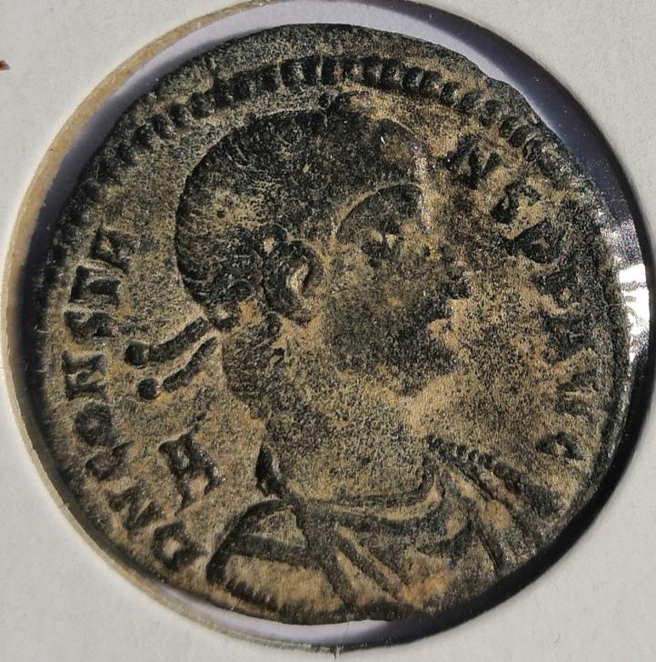 AE2 o Maiorina de Constante I. FEL TEMP REPARATIO. Emperador en barca. Roma Whatsa14