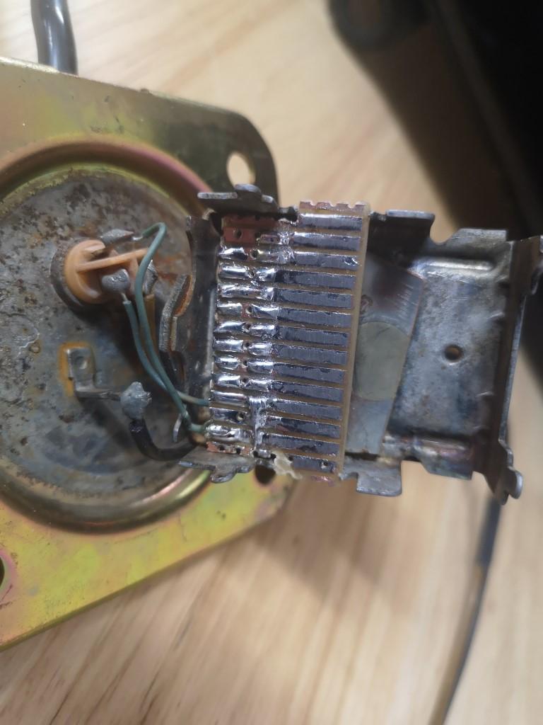 Cheap repair for fuel sender - Am I an idiot? Img_2011