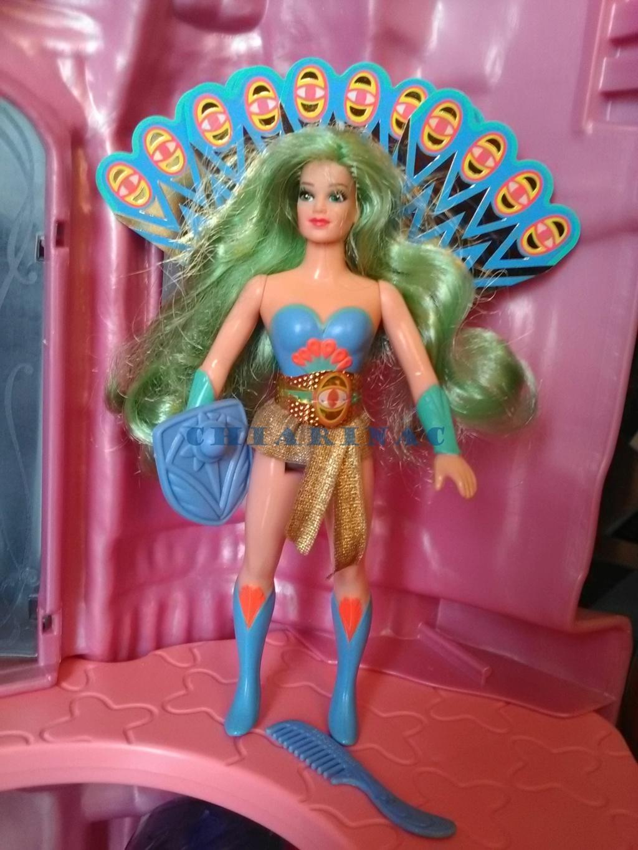 Vendo favoloso lotto She-Ra Princess of Power / Principessa del potere Mattel (Crystal Castle, 10 personaggi, 2 creature, Fantastic Fashions) Img_2068