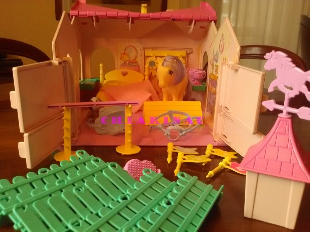 Vendo lotto Mio Mini Pony / My Little Pony Generazione 1 (G1) Gig Hasbro anni '80 (due playset e otto pony, anche rari; tutto supercompleto!) Img_2118