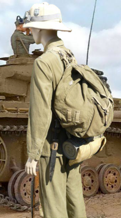 Soldat Afrikakorps devant El Alamein  341-re10