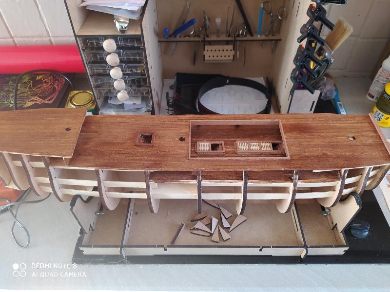 Montage de l'HMS Victory au  1:94 de chez constructo  Img_2014