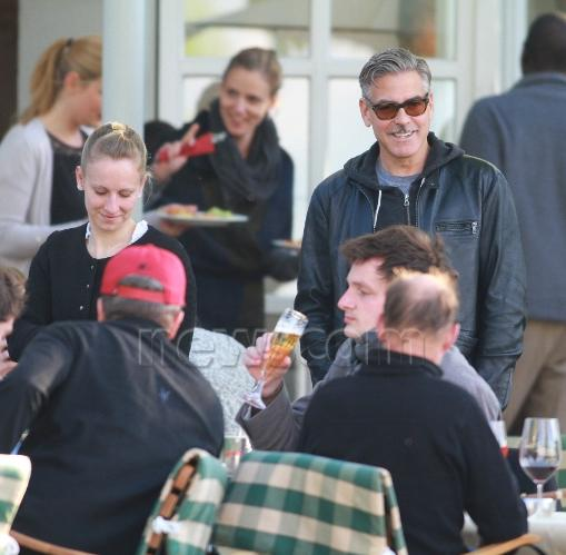 Photo: George Clooney holds BBQ and left Germany today Bbq_1110