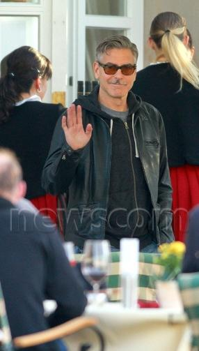 Photo: George Clooney holds BBQ and left Germany today Bbq_1310
