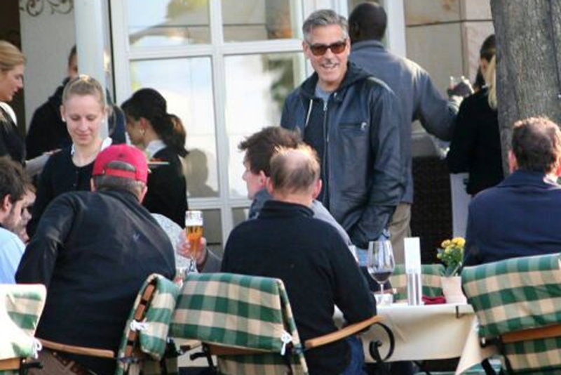 Photo: George Clooney holds BBQ and left Germany today Bbq_710