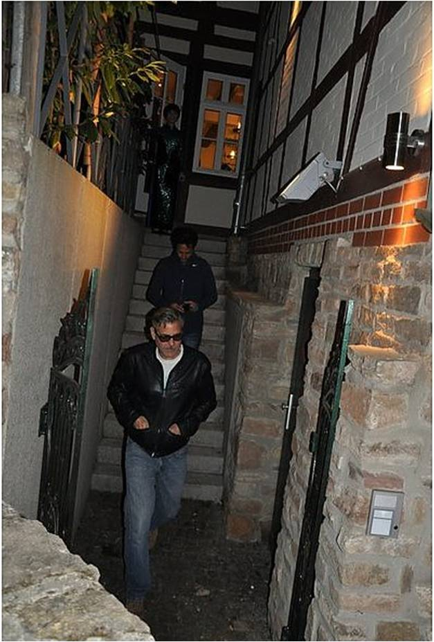 Photos: George Clooney's birthday dinner with Matt Damon, Bill Murray and Grant Heslov Birthd11