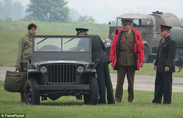 George Clooney filming at RAF/Imperial War Museum Duxford in Cambridgeshire Filmin22