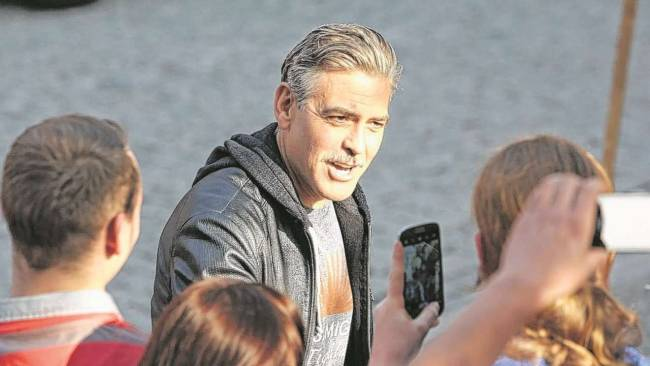 Photos and videos: George Clooney filming in Merseburg Merseb13