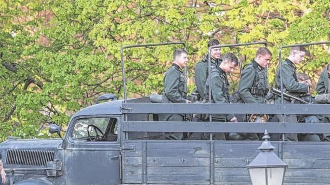 Photos and videos: George Clooney filming in Merseburg Merseb22