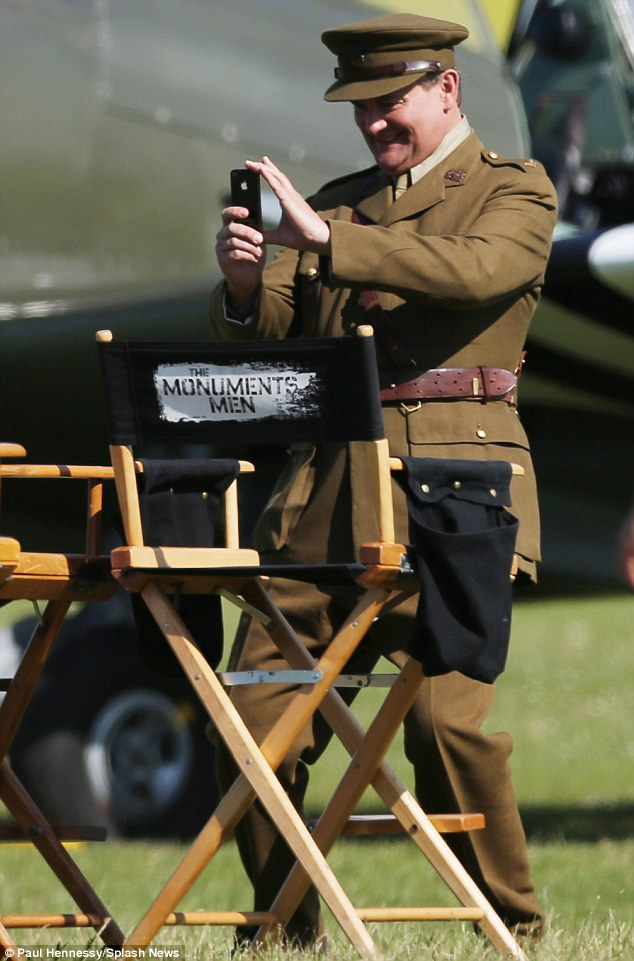 George Clooney filming Monuments Men in Hertfordshire June 3 Mm_clo14