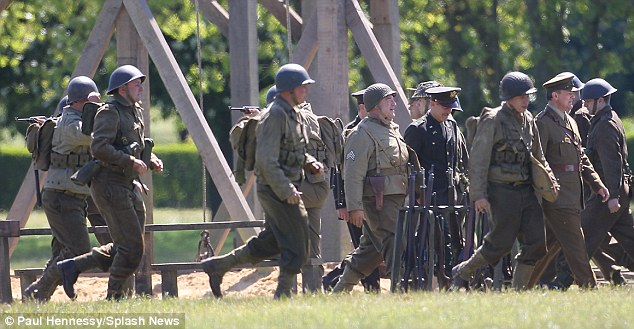 George Clooney filming Monuments Men in Hertfordshire June 3 Mm_clo24