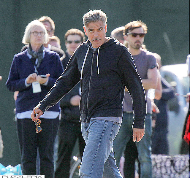 George Clooney filming at RAF/Imperial War Museum Duxford in Cambridgeshire - Page 2 Mm_clo32