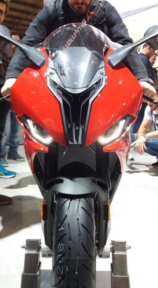 Motopiste.net était au Salon de Milan(EICMA) Le Compte Rendu ! 45890710