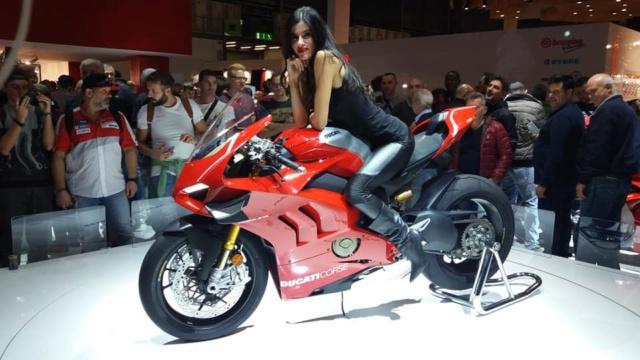 Motopiste.net était au Salon de Milan(EICMA) Le Compte Rendu ! 45939310