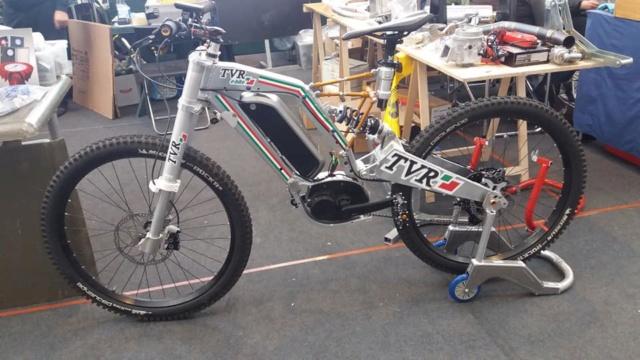 """[Evenement] """"Mostra Scambio"""" marché de motos et pièces près de Milan en Italie 46072010"""