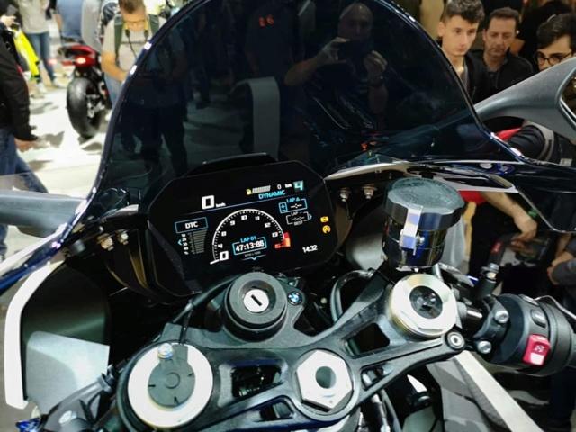 Motopiste.net était au Salon de Milan(EICMA) Le Compte Rendu ! 46157110
