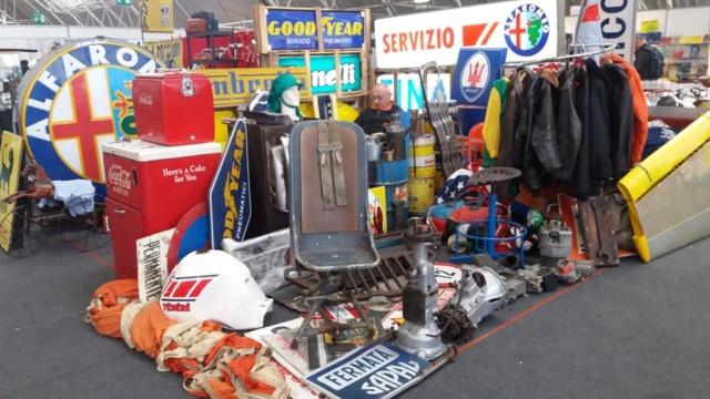 """[Evenement] """"Mostra Scambio"""" marché de motos et pièces près de Milan en Italie 46177110"""