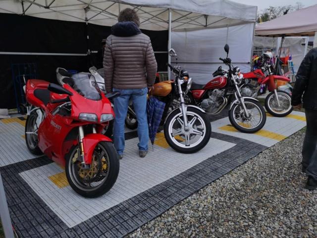 """[Evenement] """"Mostra Scambio"""" marché de motos et pièces près de Milan en Italie 46346110"""
