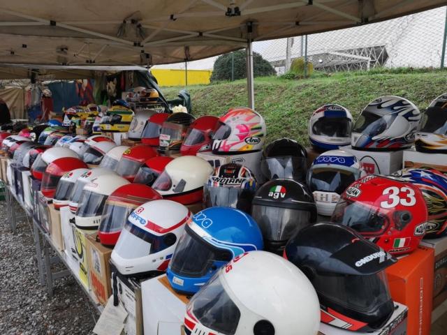 """[Evenement] """"Mostra Scambio"""" marché de motos et pièces près de Milan en Italie 46449210"""