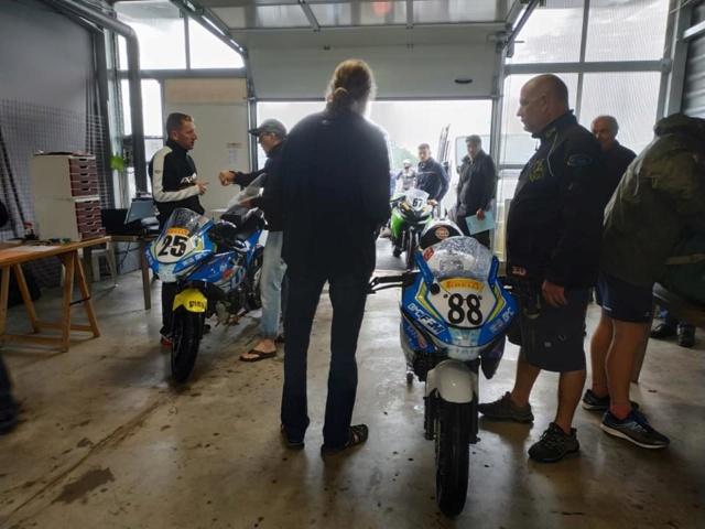 Ma première course officielle !!! Motopiste.net en Coupe de France Promosport 64679010