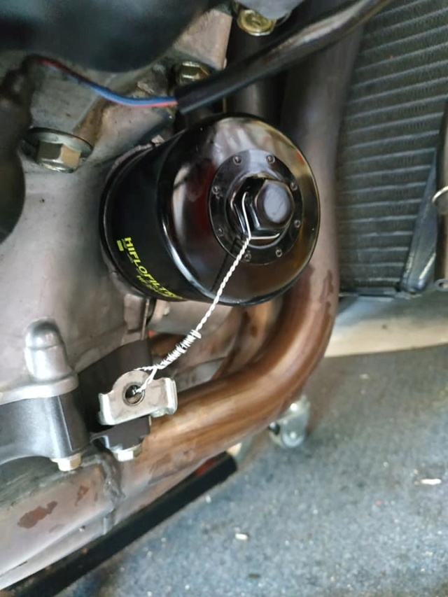 [Tuto]Préparer sa moto pour une COURSE OFFICIELLE : le fameux Contrôle Technique 67764910