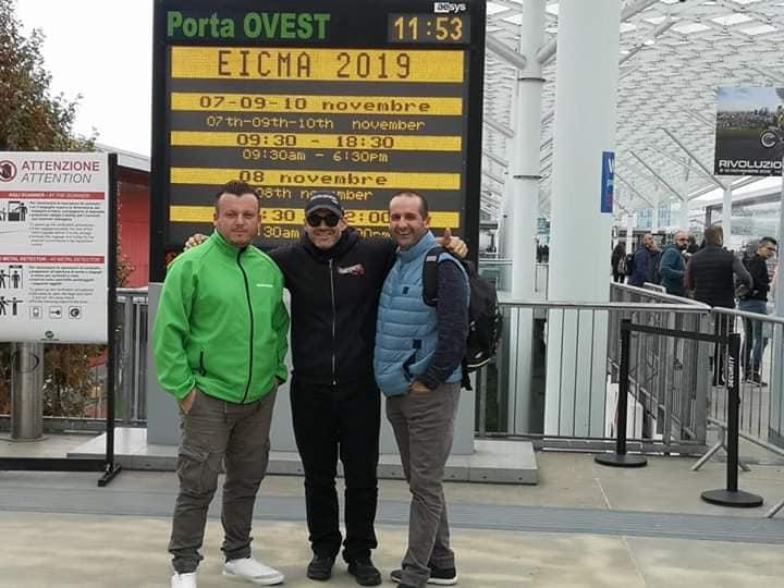 MOTOPISTE à Milan ECIMA 2019  ACTE 1 : le départ et le premier Stand... 75380310