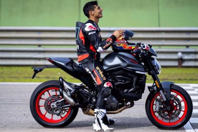 Nouvelle Ducati Monster...2021 Fb_im127