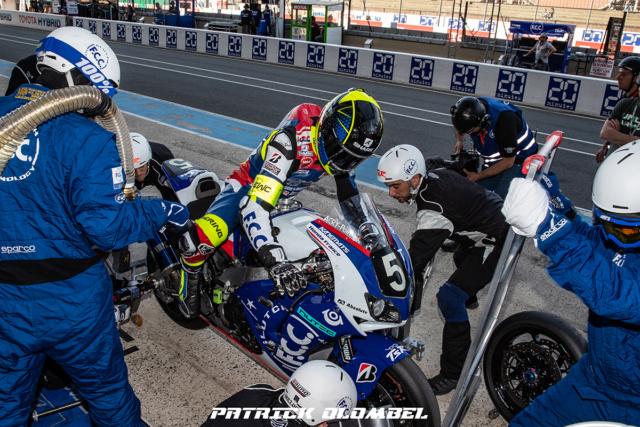 Gants Racing Bering SNIP-R, l'essai sur route et circuit par Motopiste.net Freddy10