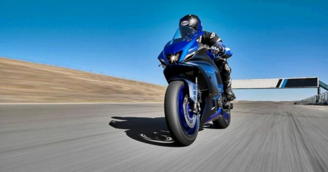 [NEW] Nouvelle Yamaha R7 présentée aujourd'hui Img_1055
