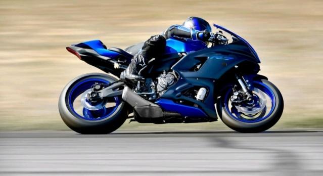[NEW] Nouvelle Yamaha R7 présentée aujourd'hui Img_1056