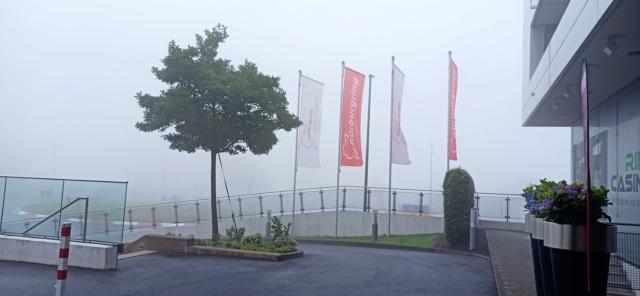 [EXPERIENCE] Roulage S1000RR  au Nurburgring avec METZELER : pluie pluie pluie !!! Mais incroyable !!! Img_1134