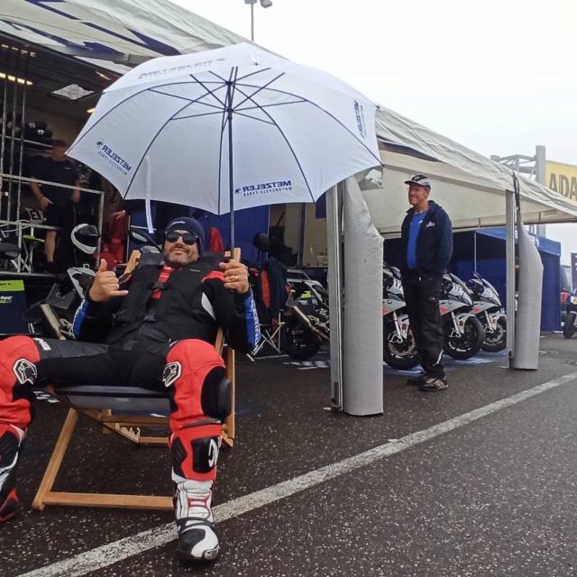 [EXPERIENCE] Roulage S1000RR  au Nurburgring avec METZELER : pluie pluie pluie !!! Mais incroyable !!! Img_1138