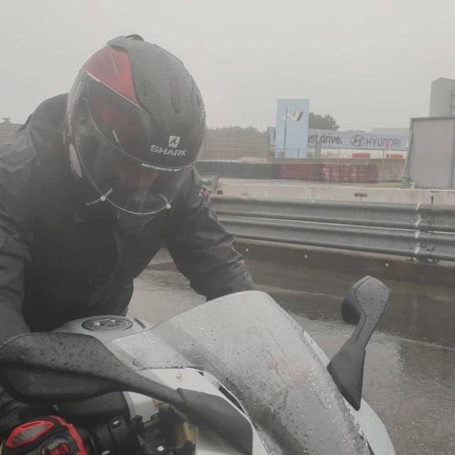 [EXPERIENCE] Roulage S1000RR  au Nurburgring avec METZELER : pluie pluie pluie !!! Mais incroyable !!! Img_1160