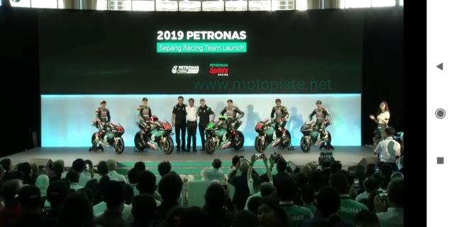 Présentation du nouveau Team MotoGp PETRONAS YAMAHA SRT Img_2038