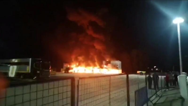 Les Moto-e partent en fumée a Jerez... Fin du championnat? Img_2103
