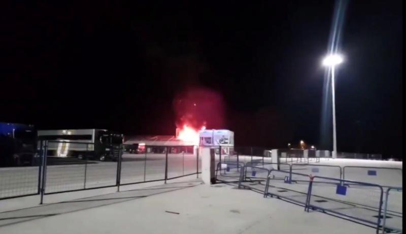 Les Moto-e partent en fumée a Jerez... Fin du championnat? Img_2105