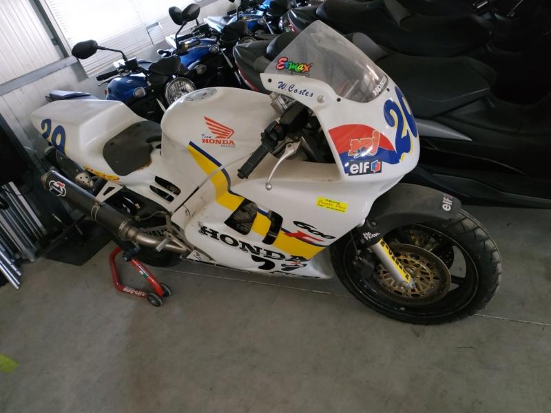 Motopiste.net en visite chez BMC-Moto et... Surprise !!! Img_2269